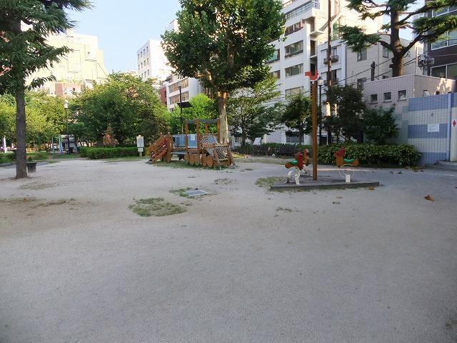 南桜公園 遊具