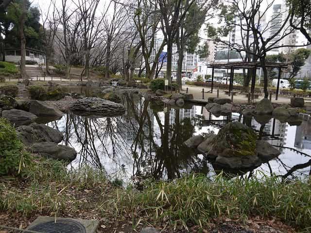 芝公園 弁天池・宝珠院