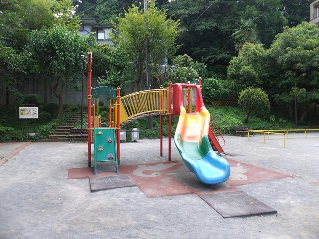 狸穴公園 遊具