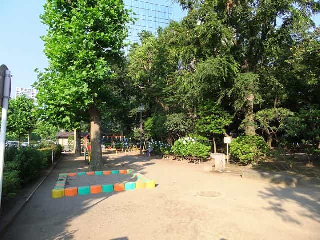 高橋是清翁記念公園 遊具広場