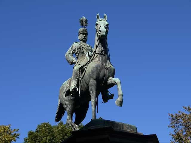 上野恩賜公園 銅像・碑・墓所 小松宮彰仁親王像