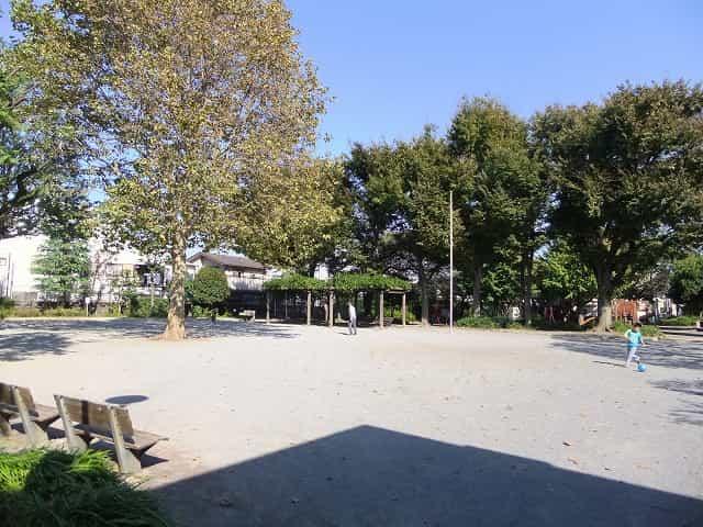 城山公園 広場スペース