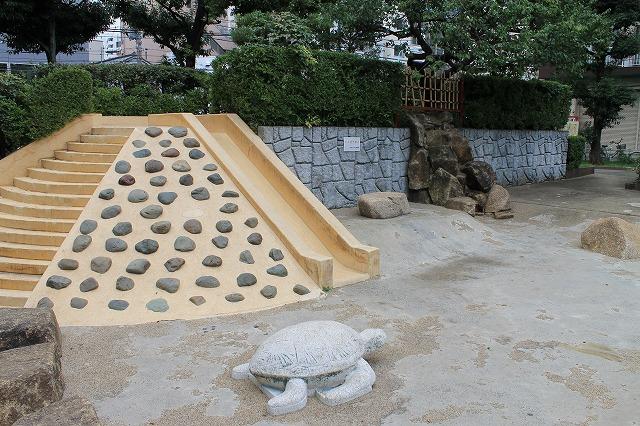 大塚台公園 遊具 じゃぶじゃぶ池