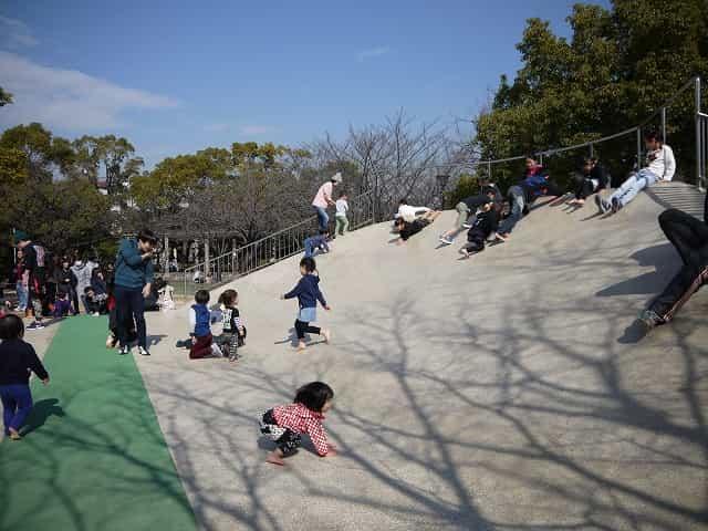 行船公園 遊具広場・桜広場