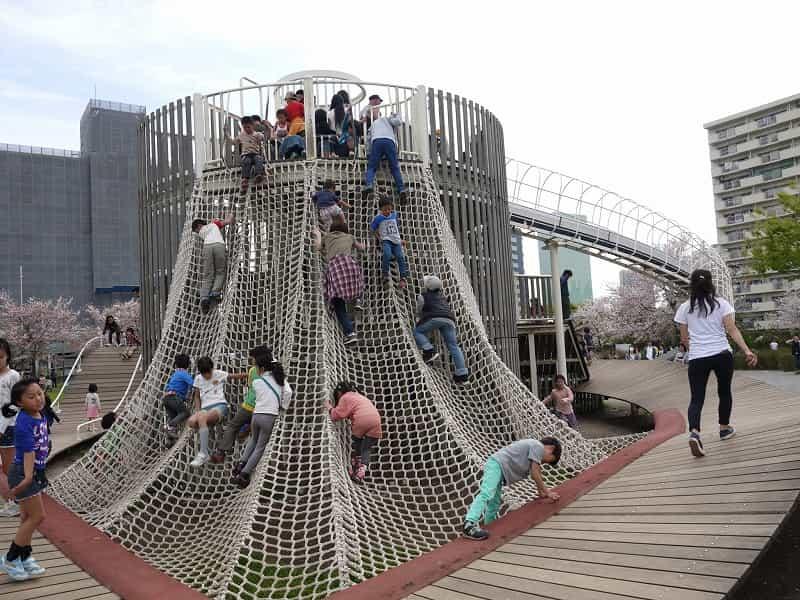 大島小松川公園 アスレチック広場