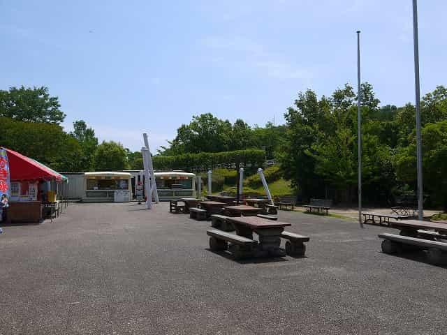 こども動物自然公園 中央飲食売店「オーパル」