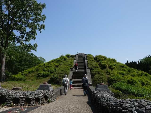 昭和記念公園 こどもの森 月の丘