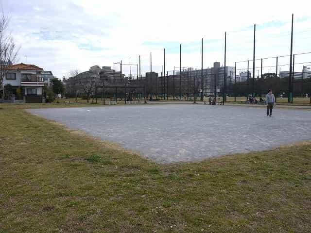 宇喜田公園 ゲートボール場