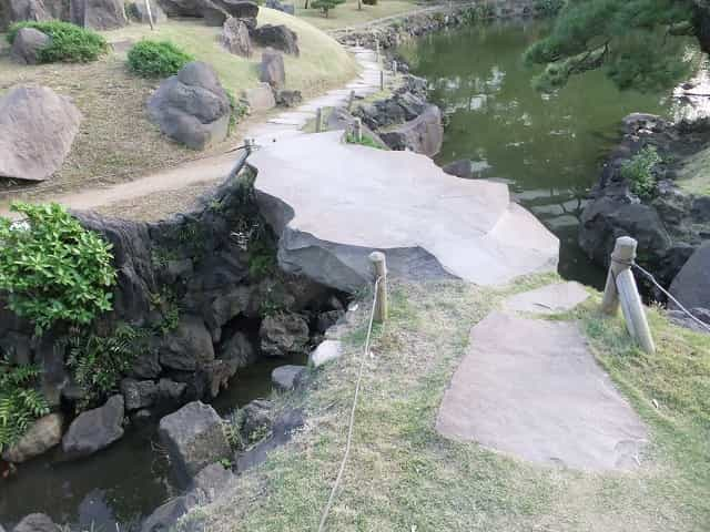 旧芝離宮恩賜庭園 鯛橋