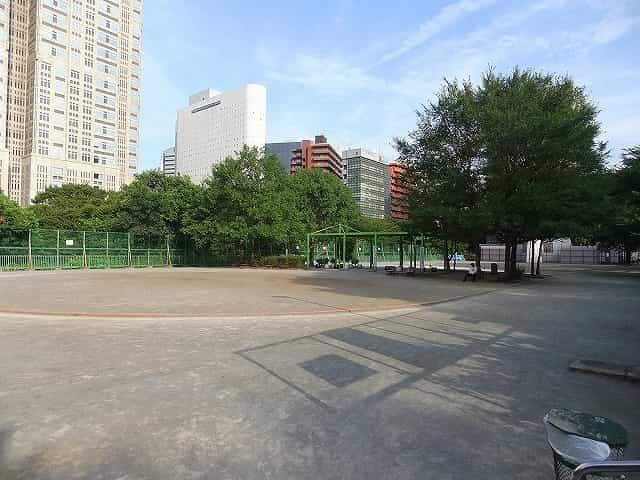 新宿中央公園 多目的運動広場