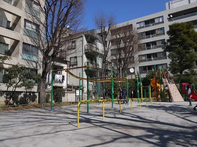 東郷元帥記念公園 遊具