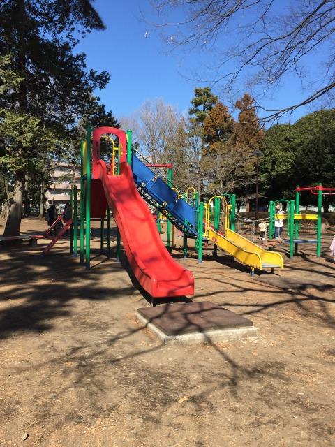 松蔭公園 遊具も新しいものがあります!滑り台が多い公園です!