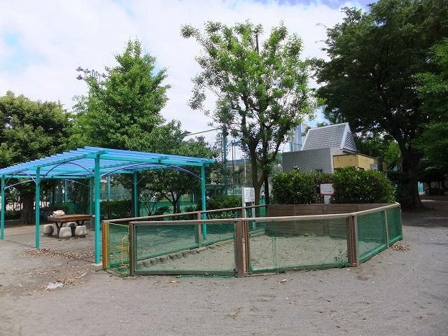 代々木西原公園