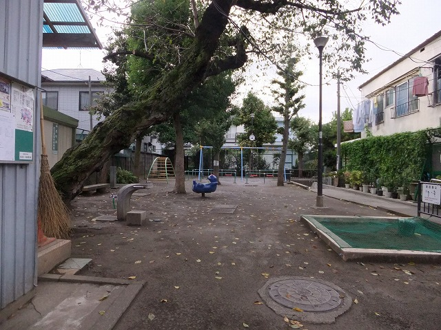 西原町児童遊園