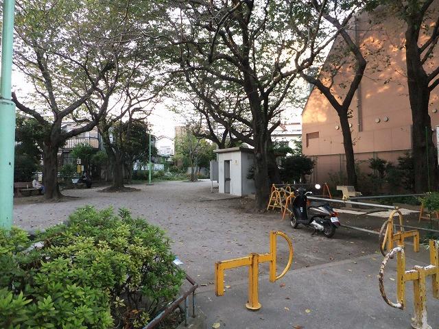 囲桃園公園