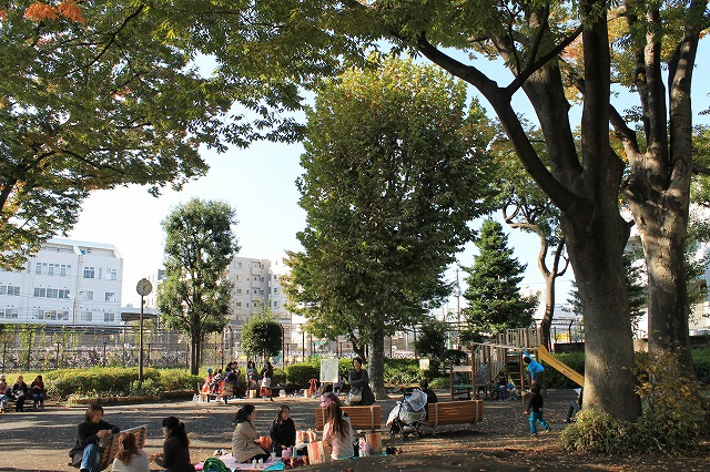 世田谷新町公園