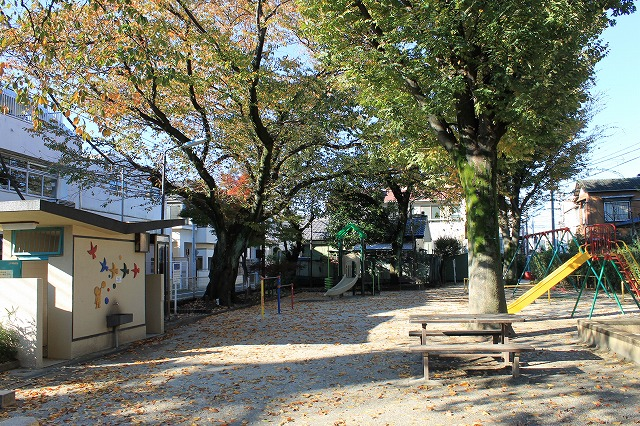 廻沢東公園