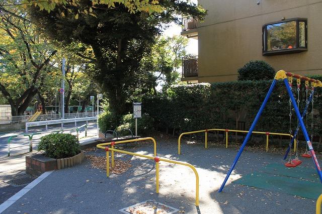 岡本下山公園