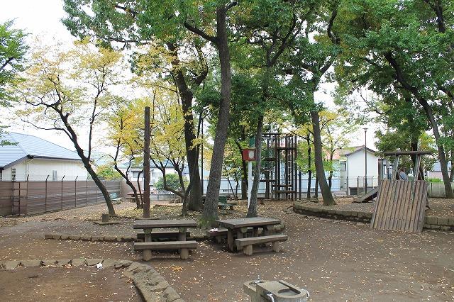 銀杏稲荷公園