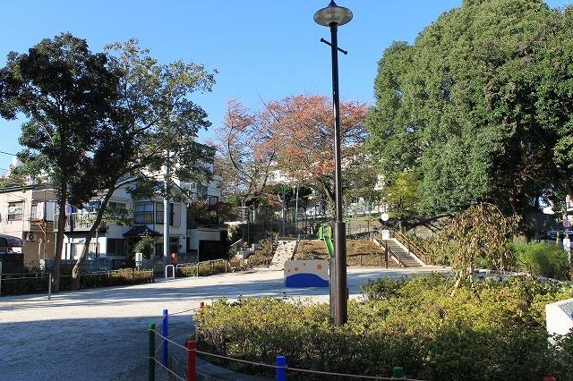 和田さくらの坂公園