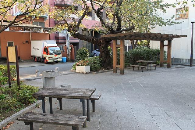 八ッ山公園