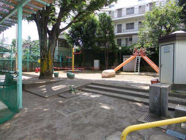 しらゆり児童遊園
